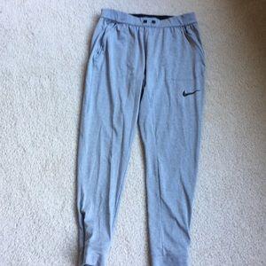 Nike men's lightweight sweatpants